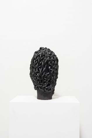 ektor garcia, cabeza trenzada, 2019