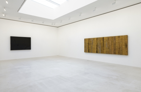 Installation view of Theaster Gates: Selected Works, Gagosian Paris, 2019. Photo: Zarko Vijatovic. Courtesy Gagosian.