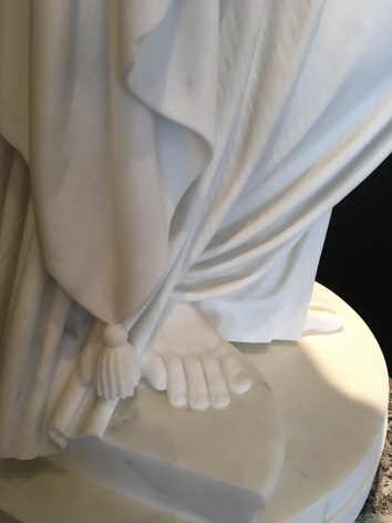 Foot detail on Woman of Samaria.