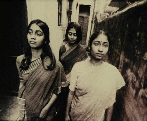 Ashish Avikunthak ENDNOTE (ANTARAL) 2005 16mm 18 minutes