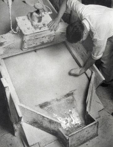 Harold Haliday Costain, Electric Vibrating Screen Used in Grading the Salt, Avery Island, Louisiana, 1934