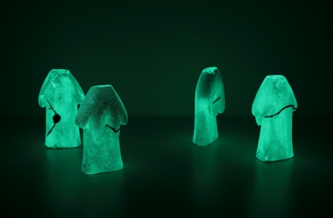 Koo Jeong A.Gossura, Tacit Truth, 2020, 4 ceramic pieces painted with phosphorescent pigment, 18 x 6 x 10.5(h) cm each.Courtesy of the artist & PKM Gallery.