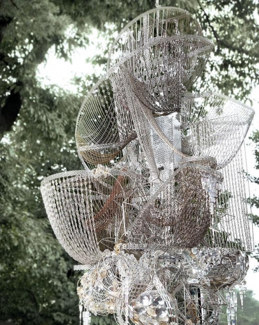 Lee Bul. Sternbau No. 29, 2010. Crystal, glass and acrylic beads on nickel-chrome wire, stainless-steel and aluminum armature, 180 x 91 x 74 cm. Courtesy of the artist & PKM Trinity Gallery.