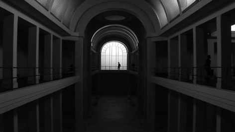 Jonas Dahlberg. Promenade (Ed. 6), 2006. Film installation, Dimensions variable.Courtesy of the artist & PKM Gallery.