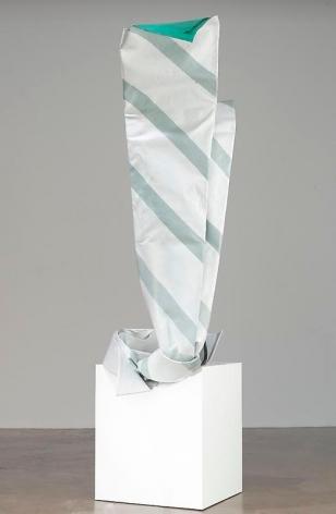Claes Oldenburg and Coosje van Bruggen. Inverted Collar and Tie, 1993.233.7 x 96.5 x 132.1 cm. © 1993 Claes Oldenburg and Coosje van Bruggen. Photo courtesy Pace Gallery.
