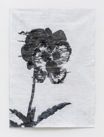 Gabriel Vormstein.Skullflower, 2020, Pencil, watercolor, wallpaint on newspaper,155 x 111 cm.Courtesy of the artist, Meyer Riegger, Berlin/Karlsruhe, and PKM Gallery, Seoul.