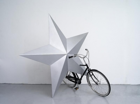 Wonwoo Lee. A riding we will go, 2014. Paint on stainless steel, and ready-made bicycle. 188 x 188 x 180 cm. Courtesy of the artist and P K M Gallery.
