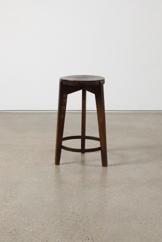 Pierre Jeanneret.Stool,39(ø) x 62(h) cm.