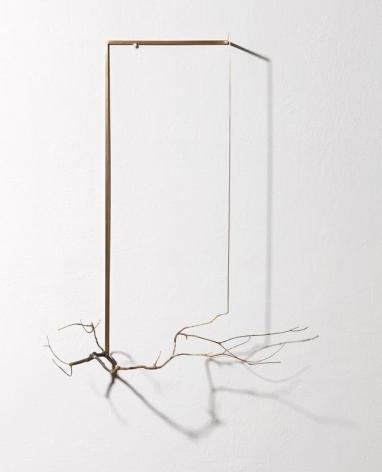Koo Hyunmo. Ilex serrata, 2015. Brass, 47 x 59 x 21 cm. Courtesy of the artist and PKM Gallery.