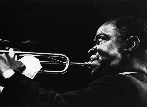 Adger Cowans ; Louis Armstong, Newport Jazz, 1961 ; Bruce Silverstein Gallery