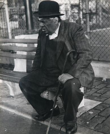 Lisette Model - Lower East Side, New York,1940-47 Gelatin silver print, printed c. 1940-47 ; Bruce Silverstein Gallery