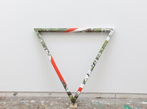 James Hyde TRIANGULAR TREE, 2015