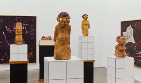 "Installation View of ""Damenbad KPX"" series of sculptures, highlighting ""Damenbad KPX (Hannelore)"""