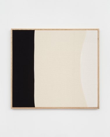Ethan Cook, Fall Back Into Place, 2020. Hand woven cotton and linen, framed 29 x 32 in, 73.7 x 81.3 cm (ECO20.029)