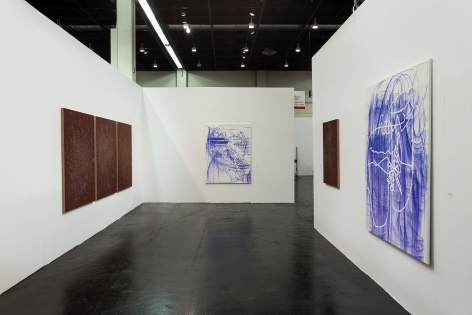 Installation view 2 of Jana Schröder & Thomas Wachholz at Art Cologne, 2016