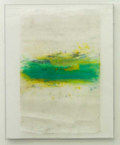 An abstract composition with green and yellow, mostly composed on the central horizontal line.