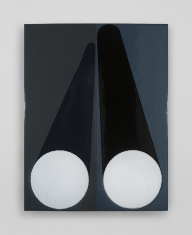 An enamel painting split down the vertical center. On each side are two white circles, with rounded triangle shapes above them. Left half is on grey ground, right on blue.