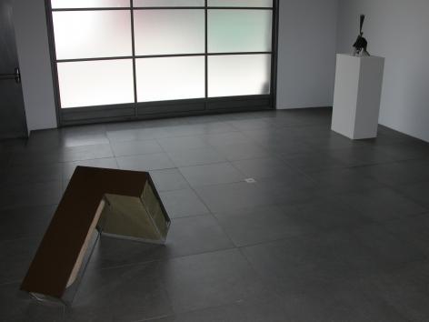 Installation ofSculptures, July 10– September 1, 2006