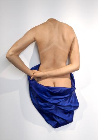 Carole Feuerman Blue Towel on Back (wall mount), 2020