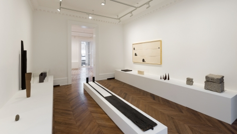 JAMES LEE BYARS Early Works and The Angel 17 January through 16 March 2013 MAYFAIR, LONDON, Installation View 5