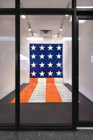 James Lee Byars, The American Flag, New York, 2017, Installation Image 2