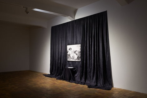 JAMES LEE BYARS, The Poetic Conceit and Other Works, Berlin, 2015, Installation Image 2