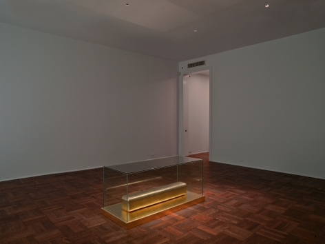 JAMES LEE BYARS, The Monument to Cleopatra, New York, 2012, Installation Image 3
