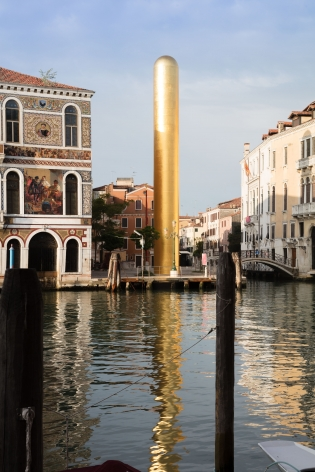 James Lee Byars, The Golden Tower, Campo San Vio, Venice, 2017, Installation Image 13