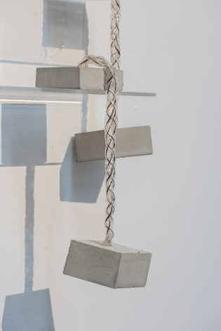 Afra Al Dhaheri,Too Pretty To Let Go, Too Heavy To Carry On (detail), 2020