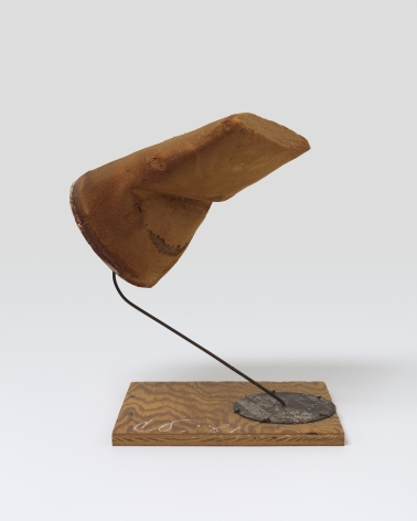 Claes Oldenburg, Third Model for the Tube Supported by its Contents, 1981