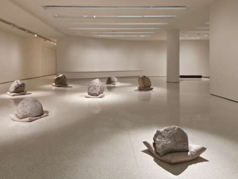 Lee Ufan: Marking Infinity