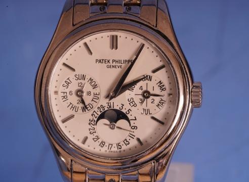 Patek Phillipe 18K White Gold with 18K Bracelet Ref#5136G/1G-001