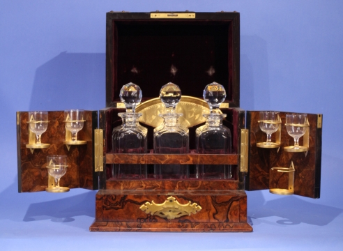 The Livingston Memorial Decanter Set