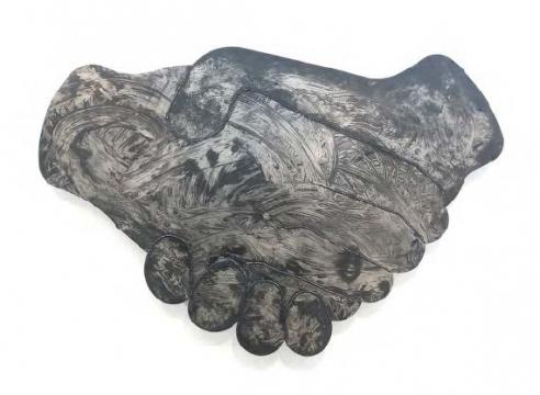 Shake Hands (Black Matte/ Large)