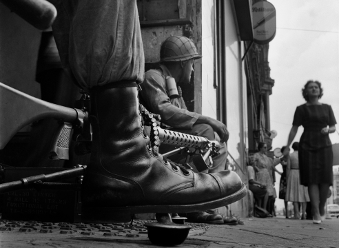 Don McCullin, Near Checkpoint Charlie, Berlin, 1961, Howard Greenberg Gallery, 2019