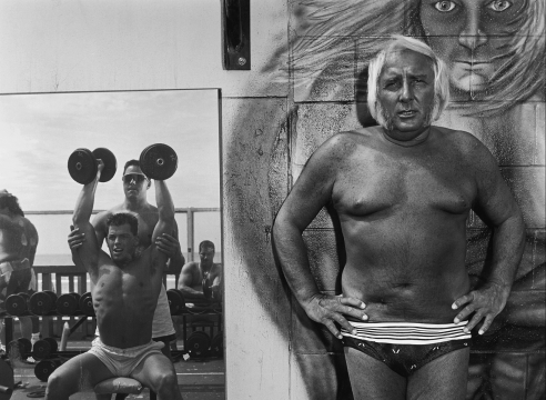 Mary Ellen Mark, Bodybuilders, Howard Greenberg Gallery, 2019