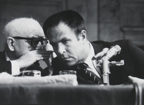 Glon Mili: Watergate