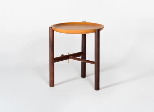 Ocum High Side Table / Ania Wolowska