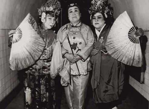 经过中国: 中国当代摄影