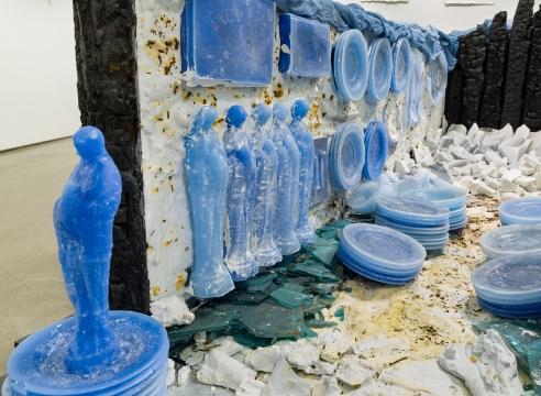 Sculptural installation by Julie Schenkelberg