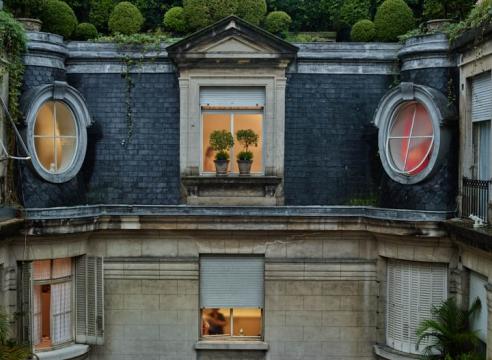 Window Watching: Gail Albert Halaban Photographs Porteños Private Lives