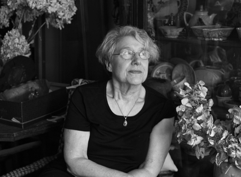 INTERVIEW WITH MARTHA ROSLER, THE ARTIST WHO SPEAKS SOFTLY BUT CARRIES A BIG SHTICK
