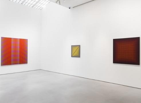 Mitchell-Innes and Nash Salutes The Art of Julian Stanczak