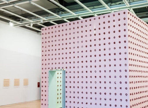 Whitney Biennial 2017 Review: Aesthetics Are Alive Downtown