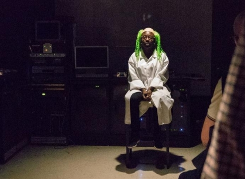 'Pope.L: The Escape' reworks a slavery play as performance art and dares you to wonder what to think about it