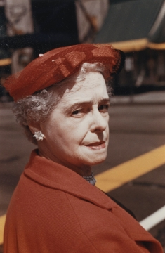 Vivian Maier, Vintage Color Work, Untitled, Howard Greenberg Gallery, 2019