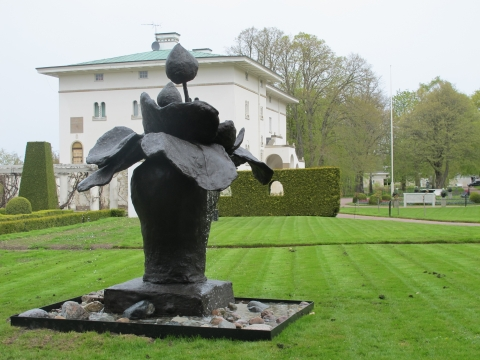Lars Englund & Peter Frie in the sculpture park / Sollidens Slott, Borgholm