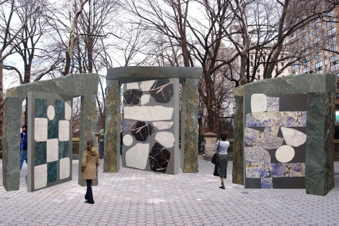 With many museums closed, New York City invites residents to admire art outside