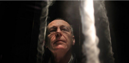 Anthony McCall's first Irish exhibition makes for light work