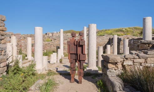 Antony Gormley is the new kid on the block in ancient Greece